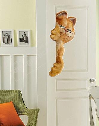 фото наклейка гарфилд на дверь