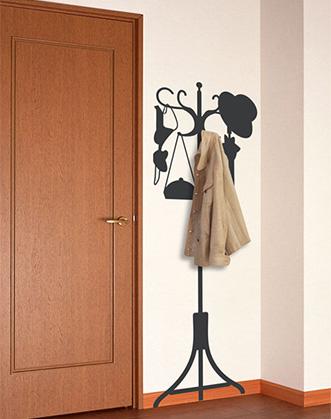 наклейка на стену  в виде вешалки, которая не занимает место и не мешает открываться двери