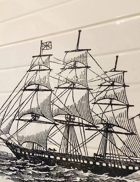 фото наклейка корабль