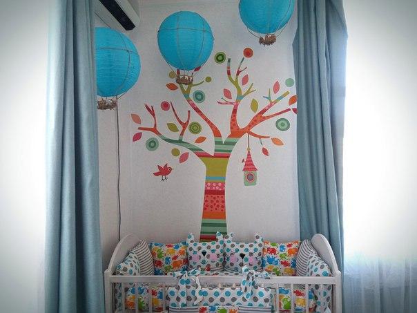 виниловая аппликация на стену (наклейка) дерево в полоску фото
