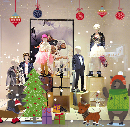 новогодний декор витрин фото, новогоднее оформление витрин детского магазина фото, фото украшение витрины на новый год