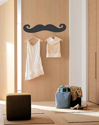 прикольная наклейка на стену - усы легко может выполнять роль оригинальной вешалки для вещей