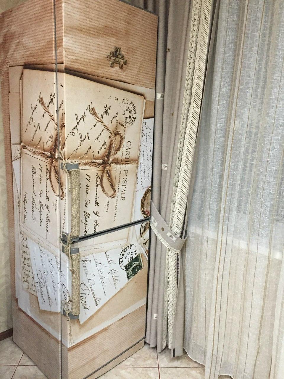 наклейка на холодильник фото