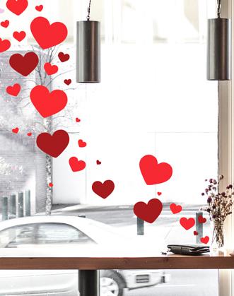 оформление витрины к 14 февраля фото, украшение витрин к 14 февраля фото, декор витрин к 14 февраля фото, декор магазина ко дню влюбленных фото, декор шоурума ко дню влюбленных фото, декор кофейни ко дню влюбленных фото