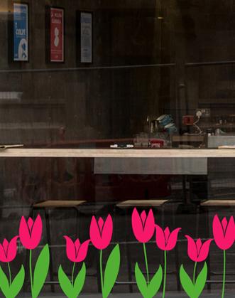 весеннее оформление витрин фото, оформление витрин цветами фото, оформление витрин к весне фото, декор витрины весной фото, весенний декор витрин фото, цветы на витрины фото