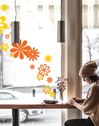 оформление витрин к весне фото, весенне оформление витрины фото, декор витрин фото, декор витрин цветами фото, оформление витрин цветами фото